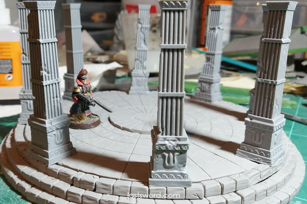 And Now Undeads! (kickstarter) - Page 4 Ulthuan-Elven-Temple-Columns-Warhammer-Mordheim-Ruined-Scenery